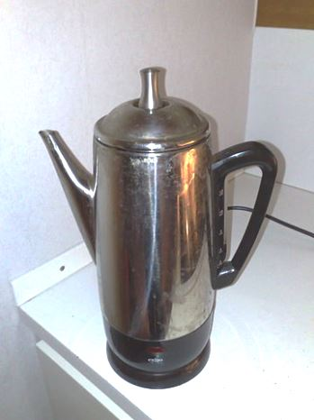 Electric Coffee Maker Wattage : Amp-hours, Current, Watts & A Coffee Pot - UPS Battery Center