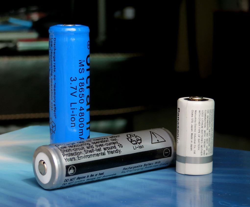 could an alkaline battery