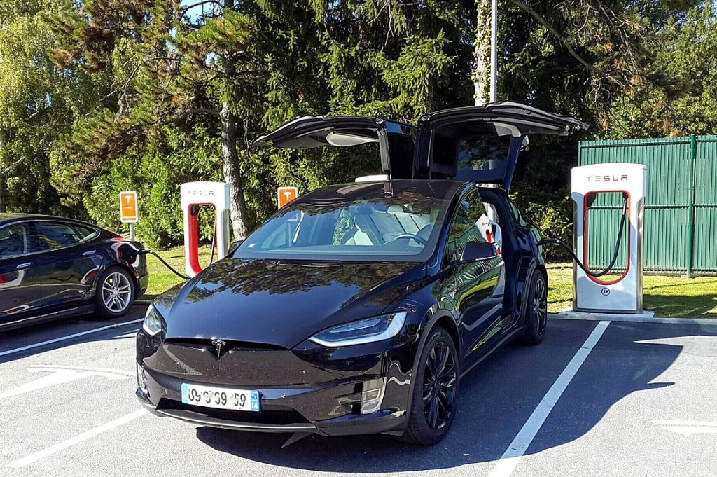 greatest challenge facing electric cars