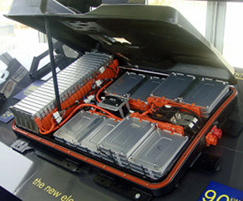 Nanomaterials To Improve Electric Vehicle Battery