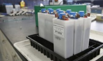 lead-free zinc anode battery