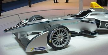 Formula E Still Holding Back on Batteries