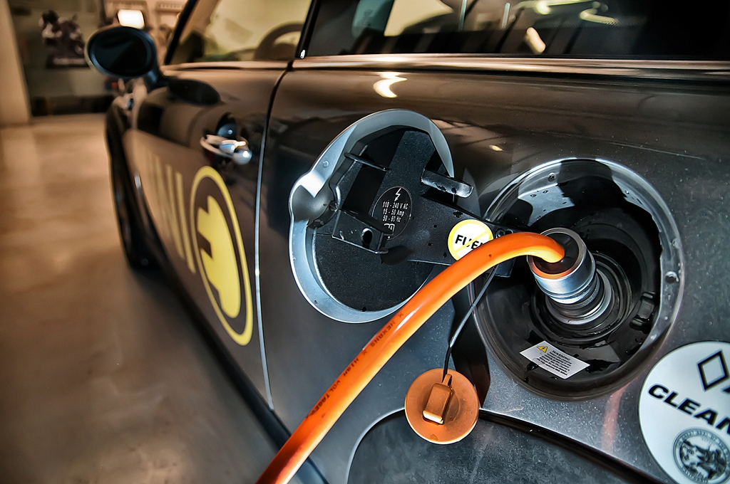 Are You Shortening Your Electric Car Battery Life - News